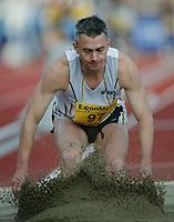 Track and Field, 28. june 2002, Golden League - Bislett Games, Oslo, Norway.  Jonathan Edwards. Triple jump.