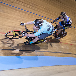 27-12-2017: Wielrennen: NK Baan: Alkmaar <br />Finale NK Sprint Mathijs Buchli in de finale met Harry Lavreijsen. Buchli wist in de dere beslissende rit de titel te pakken