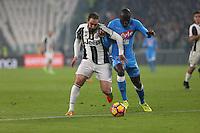 can - 28.02.2017 - Torino - Semifinale Coppa Italia   -  Juventus-Napoli nella  foto: Gonzalo Higuain in lotta con Koulibaly