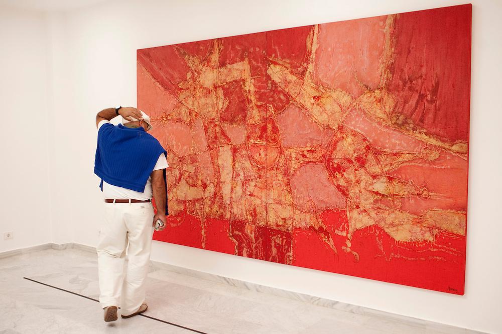 Fundación Cesar Manrique. Antigua casa del artista y arquitecto. Pintura obra del artista. Isla de Lanzarote.