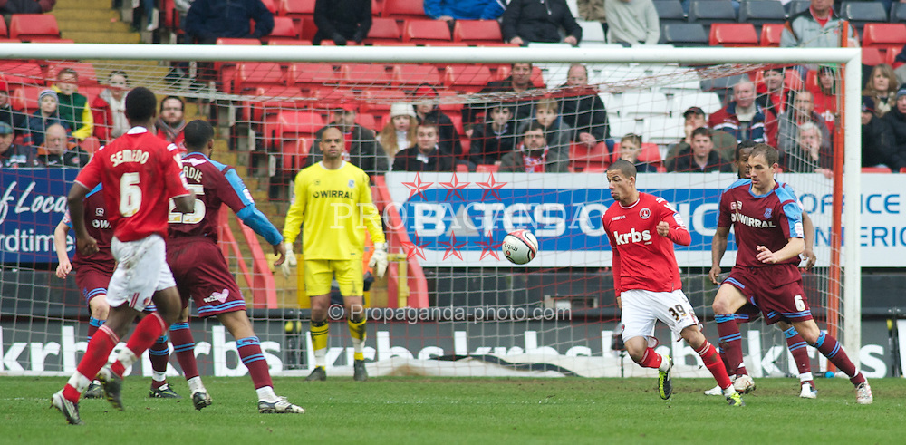 LONDON, ENGLAND - Saturday, March 5, 2011: Tranmere Rovers' Mark McChrystal and Charlton Athletic's Nathan Eccleston on loan from Liverpool during the Football League One match at The Valley. (Photo by Gareth Davies/Propaganda)