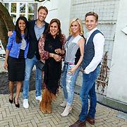 NLD/Amsterdam/20150820 - Najaarspresentatie SBS 2015, Presentatrice Airen Mylene, Victor Brand, Patty Brard, Bridget Maasland en Koos van Plateringen