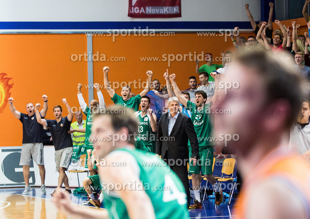 Players of Zlatorog react during 2nd Leg basketball match between KK Helios Suns and KK Zlatorog Lasko in Final of Nova KBM Champions League  2015/16, on May 31, 2016 in Hala Komunalnega centra, Domzale, Slovenia Photo by Vid Ponikvar / Sportida
