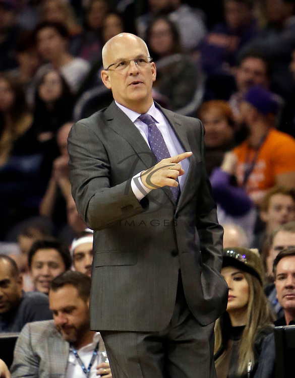 Phoenix Suns head coach Jay Triano in the first half during an NBA basketball game against the New York Knicks, Friday, Jan. 26, 2018, in Phoenix. (AP Photo/Rick Scuteri)