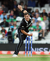 Cricket - 2019 ICC Cricket World Cup - Group Stage: Bangladesh vs. New Zealand<br /> <br /> New Zealander Matt Henry at Kia Oval.<br /> <br /> COLORSPORT/ANDREW COWIE