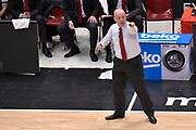 DESCRIZIONE : Milano Lega A 2015-16 <br /> GIOCATORE : Massimiliano Menetti<br /> CATEGORIA : Allenatore Coach Mani <br /> SQUADRA : Grissin Bon Reggio Emilia<br /> EVENTO : Campionato Lega A 2015-2016<br /> GARA : Olimpia EA7 Emporio Armani Milano Grissin Bon Reggio Emilia Gara 2<br /> DATA : 19/05/2016<br /> SPORT : Pallacanestro<br /> AUTORE : Agenzia Ciamillo-Castoria/M.Ozbot<br /> Galleria : Lega Basket A 2015-2016 <br /> Fotonotizia: Milano Lega A 2015-16
