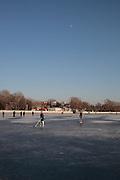 23 Decembre 2012 - Hockeyeurs sur le lac Xihai - Pékin
