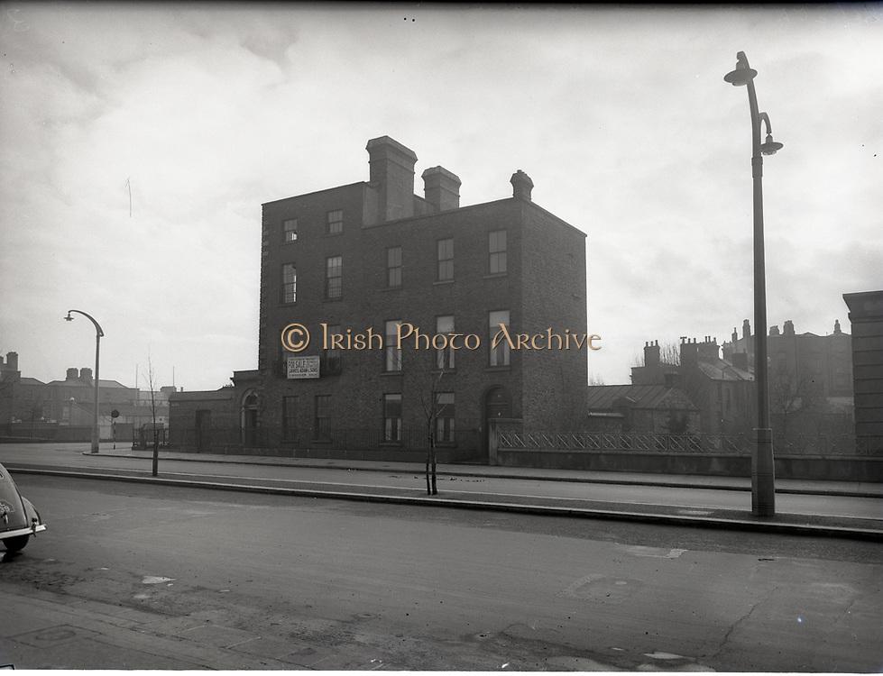 Automobile Association House at Baggot St 23-3-1955 dublin