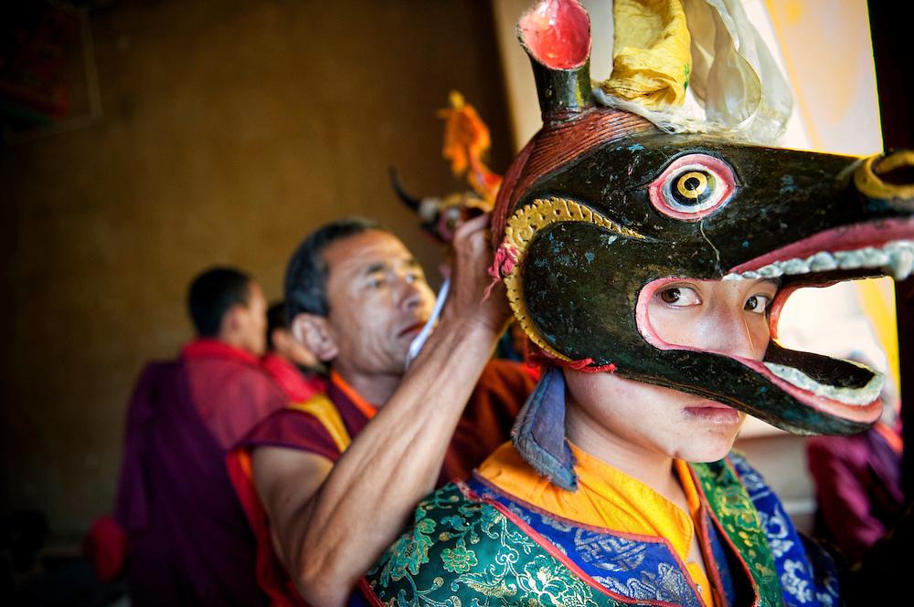 Asia, Tibet, Bhutan, market, old, man, portrait, Phobjikha, Gangte, valley, monastery, Cham, Tsechu, young monk, performer, actor