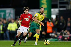 Moritz Leitner of Norwich City Daniel James of Manchester United battles for possession- Mandatory by-line: Phil Chaplin/JMP - 27/10/2019 - FOOTBALL - Carrow Road - Norwich, England - Norwich City v Manchester United - Premier League