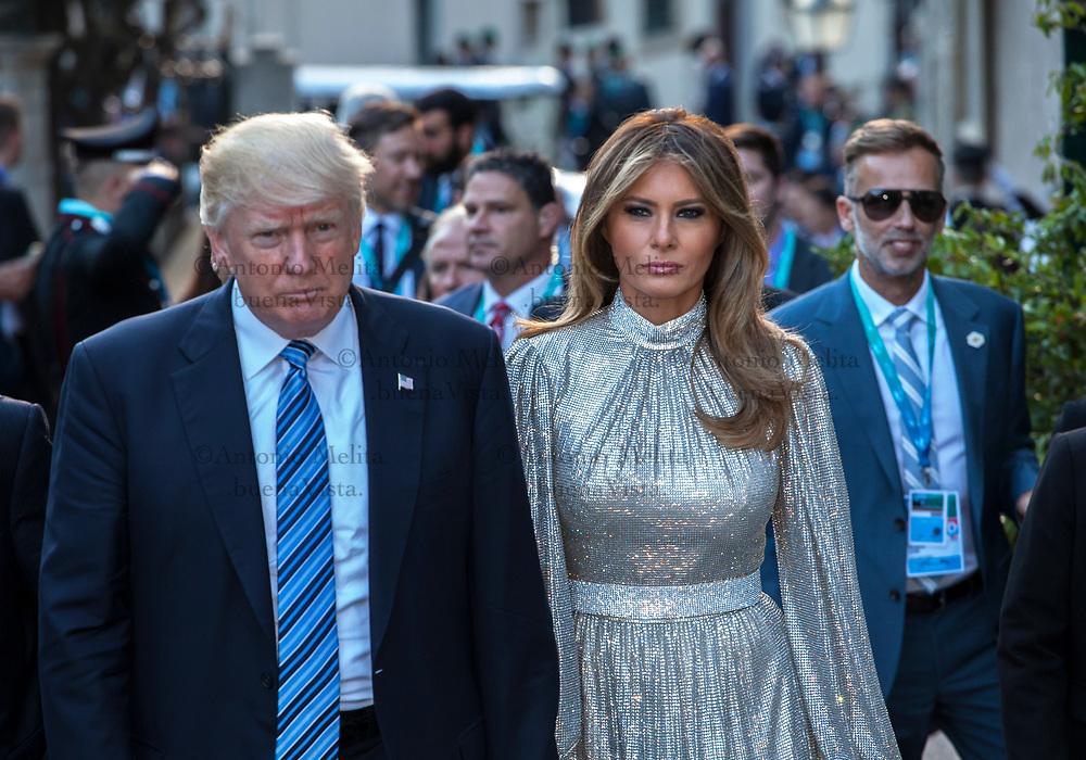 L'arrivo di Donald Trump e della first lady Melania a Taormina per il concerto previsto al Teatro Greco.