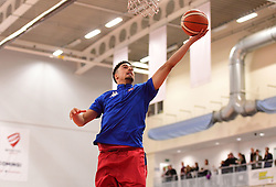 Roy Owen of Bristol Flyers  - Photo mandatory by-line: Joe Meredith/JMP - 18/11/2016 - BASKETBALL - SGS Wise Arena - Bristol, England - Bristol Flyers v Surrey Scorchers - British Basketball League