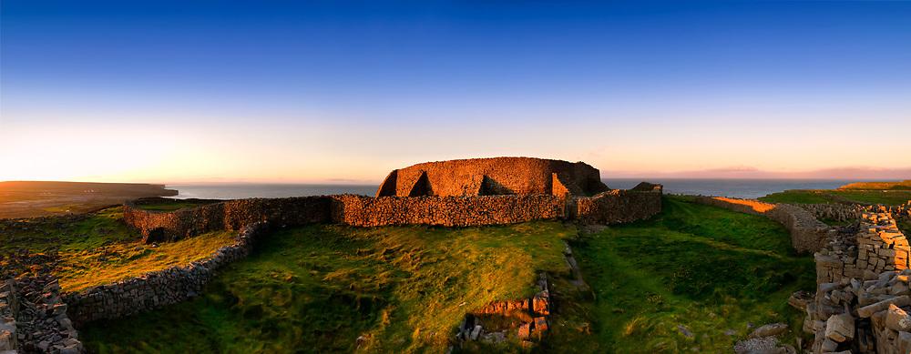 Photographer: Chris Hill, Dun Aengus, Inishmore, Aran Islands