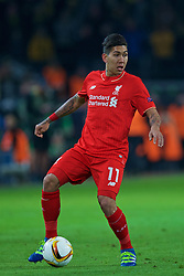 DORTMUND, GERMANY - Thursday, April 7, 2016: Liverpool's Roberto Firmino in action against Borussia Dortmund during the UEFA Europa League Quarter-Final 1st Leg match at Westfalenstadion. (Pic by David Rawcliffe/Propaganda)