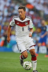 13.07.2014, Maracana, Rio de Janeiro, BRA, FIFA WM, Deutschland vs Argentinien, Finale, im Bild Mesut Oezil (GER) // during Final match between Germany and Argentina of the FIFA Worldcup Brazil 2014 at the Maracana in Rio de Janeiro, Brazil on 2014/07/13. EXPA Pictures © 2014, PhotoCredit: EXPA/ Eibner-Pressefoto/ Cezaro<br /> <br /> *****ATTENTION - OUT of GER*****