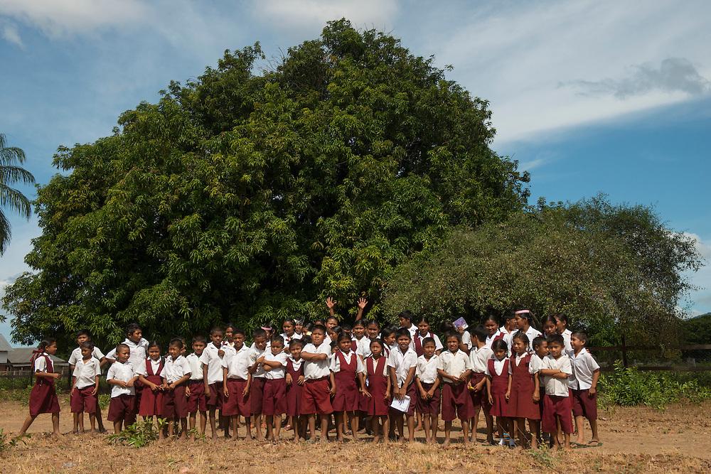 Shulinab village school children <br /> Shulinab<br /> Rupununi<br /> GUYANA<br /> South America