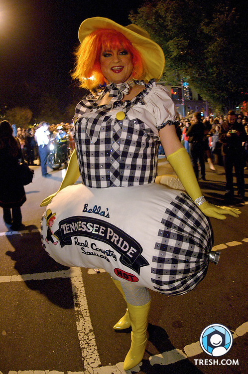 Images from the 21st Annual High Heel Race in Washington, D.C., held Tuesday, October 30, 2007. Ms. Bella DeBalls