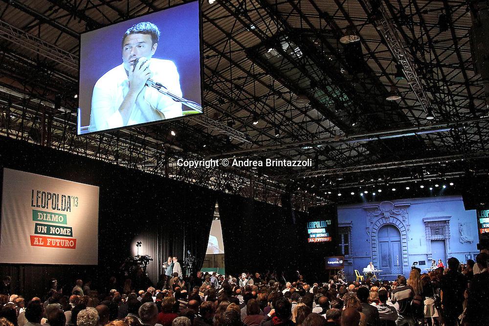 """Firenze, 26 Ottobre 2013. Leopolda 2013 """" Dai un nome al tuo futuro"""" è il motto dell'evento voluto da Matteo Renzi per parlare del futuro dell'Italia presso la Stazione Leopolda a Firenze."""