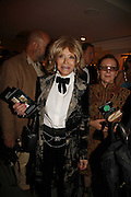 Lady Wyatt, Gala champagne reception and dinner in aid of CLIC Sargent.  Grosvenor House Art and Antiques Fair.  Grosvenor House. Park Lane. London. 14 June 2006. ONE TIME USE ONLY - DO NOT ARCHIVE  © Copyright Photograph by Dafydd Jones 66 Stockwell Park Rd. London SW9 0DA Tel 020 7733 0108 www.dafjones.com