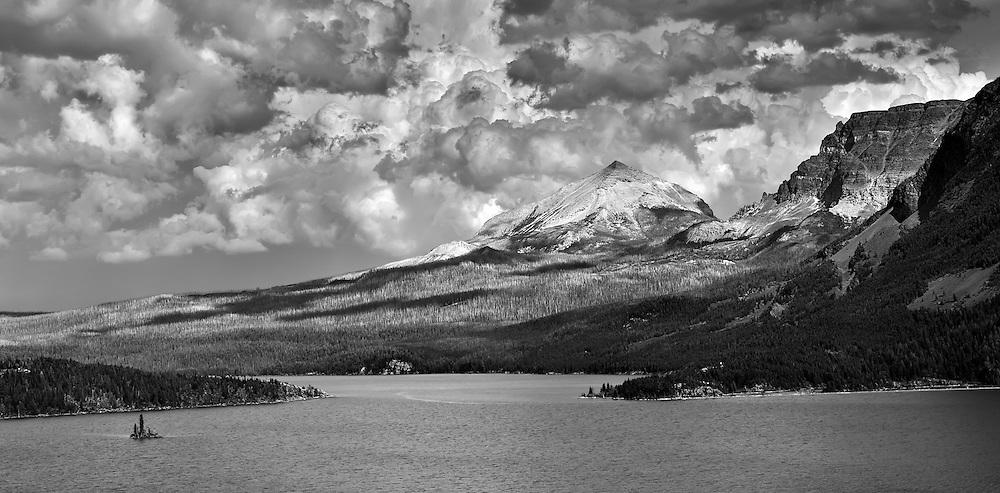 Wild Goose Island 4-41 PM monochrome