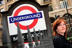 UK ENGLAND LONDON 31JUL09 - Welt economics correspondent Tina Kaiser poses for a photo in the city of London...jre/Photo by Jiri Rezac..© Jiri Rezac 2009
