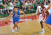 DESCRIZIONE : Firenze I&deg; Torneo Nelson Mandela Forum Italia Bulgaria<br /> GIOCATORE : Antonio Maestranzi<br /> SQUADRA : Nazionale Italia Uomini <br /> EVENTO : I&deg; Torneo Nelson Mandela Forum <br /> GARA : Italia Bulgaria<br /> DATA : 18/07/2010 <br /> CATEGORIA : Palleggio<br /> SPORT : Pallacanestro <br /> AUTORE : Agenzia Ciamillo-Castoria/M.Gregolin<br /> Galleria : Fip Nazionali 2010 <br /> Fotonotizia : Firenze I&deg; Torneo Nelson Mandela Forum Italia Bulgaria<br /> Predefinita :
