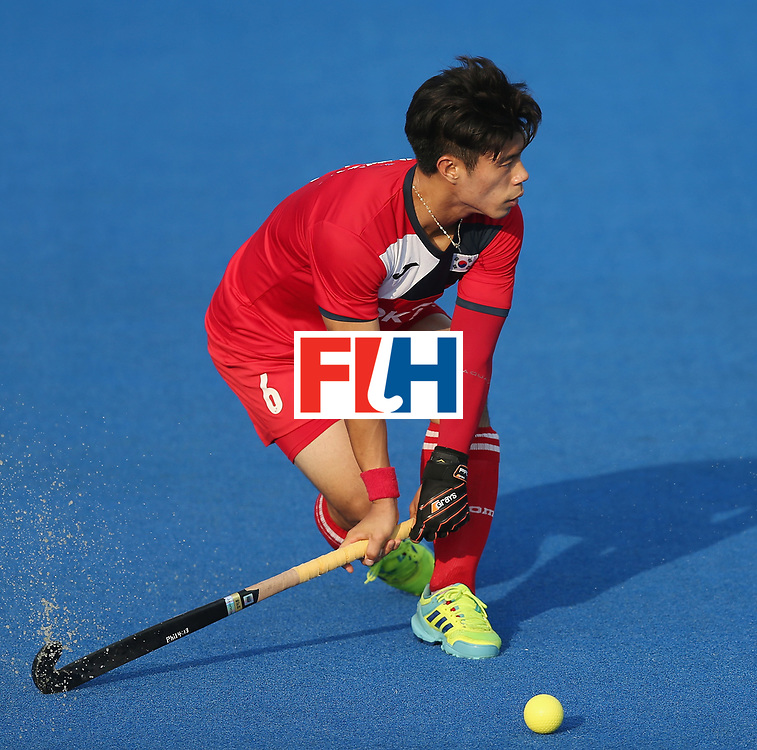 LONDON, ENGLAND - JUNE 19:  Jihun Yang of South Korea during the Pool A match between South Korea and Malaysia on day five of Hero Hockey World League Semi-Final at Lee Valley Hockey and Tennis Centre on June 19, 2017 in London, England.  (Photo by Alex Morton/Getty Images)