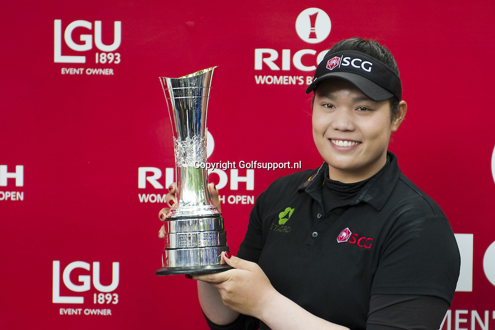 31/07/2016 Ladies European Tour 2016, Ricoh Women's British Open, Woburn Golf Club, England, UK. 28-31 Jul. Ariya  Jutanugarn of Thailand  the winner with the trophee