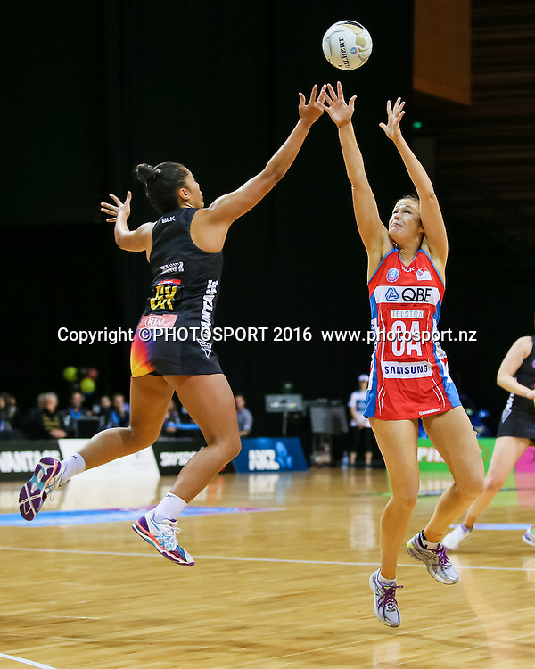 NSW Swift's Susan Pettitt and Waikato BOP's Kristiana Manu'a in action during the ANZ Netball Championship semi final between the Waikato BOP Magic and the NSW Swifts, played at Claudelands Arena, Hamilton, New Zealand on Monday 25 July 2016.  Copyright Photo: Bruce Lim / www.photosport.nz