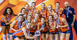 01-10-2017 AZE: Final CEV European Volleyball Nederland - Servie, Baku<br /> Nederland verliest opnieuw de finale op een EK. Servi&euml; was met 3-1 te sterk / team Nederland pakt zilver