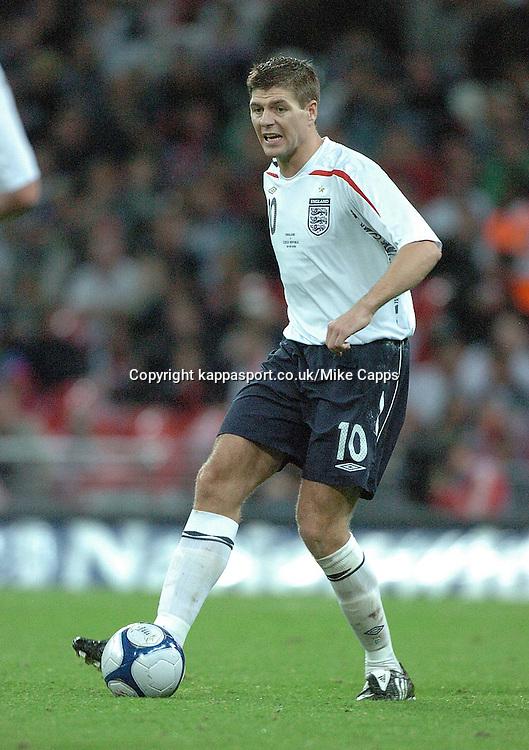 STEVEN GERRARD, ENGLAND, ENGLAND v CZECH REPUBLIC, International Friendly, Wembley Stadium Wednesday 20th August 2008
