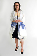 Reform Judaism - female Rabbi wears a Tallis