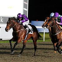 Fairway To Heaven and Jim Crowley winning the 5.35 race