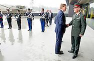 25-3-2015 - SOEST - generaal Tom Middendorp Koning Willem Alexander is woensdag 25 maart 2015 aanwezig bij de afsluiting van de Future Force Conference 2015 in het Nationaal Militair Museum in Soest. Voorafgaand aan de afsluiting ontvangt de Koning de opperbevelhebber van de NAVO-strijdkrachten (Saceur), generaal Philip Breedlove in het museum in audiëntie. COPYRIGHT ROBIN UTRECHT<br /> 25-3-2015 - SOEST - King Willem Alexander is Wednesday, March 25, 2015 attends at the conclusion of the Future Force 2015 Conference in the National Military Museum in Soest. King receives the commander of NATO forces (SACEUR), General Philip Breedlove in the museum audience. COPYRIGHT ROBIN UTRECHT