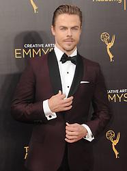 Derek Hough bei der Ankunft zur Verleihung der Creative Arts Emmy Awards in Los Angeles / 110916 <br /> <br /> *** Arrivals at the Creative Arts Emmy Awards in Los Angeles, September 11, 2016 ***