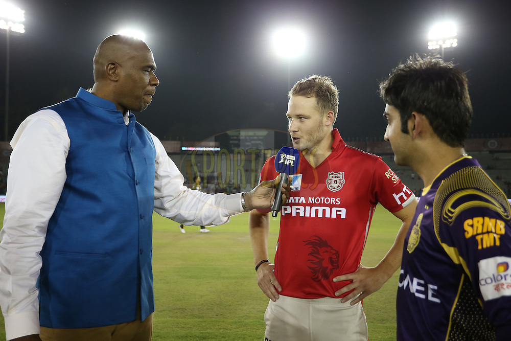 Commentator Ian Bishop interviews Kings XI Punjab captain David Miller and Kolkata Knight Riders captain Gautam Gambhir at the toss during match 13 of the Vivo Indian Premier League (IPL) 2016 between the Kings XI Punjab and the Kolkata Knight Riders held at the IS Bindra Stadium, Mohali, India on the 19th April 2016<br /> <br /> Photo by Shaun Roy / IPL/ SPORTZPICS