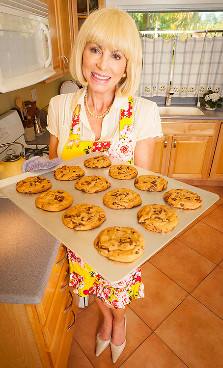 Homemaker and chocolate chip cookie