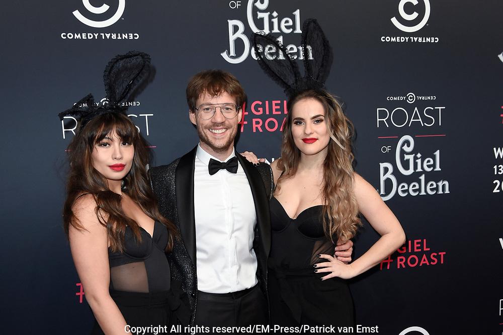 Rode loper Roast of Giel.  In het programma van Comedy Central is een bekende Nederlander een avond lang het onderwerp van harde grappen.<br /> <br /> Op de foto:  Giel Beelen