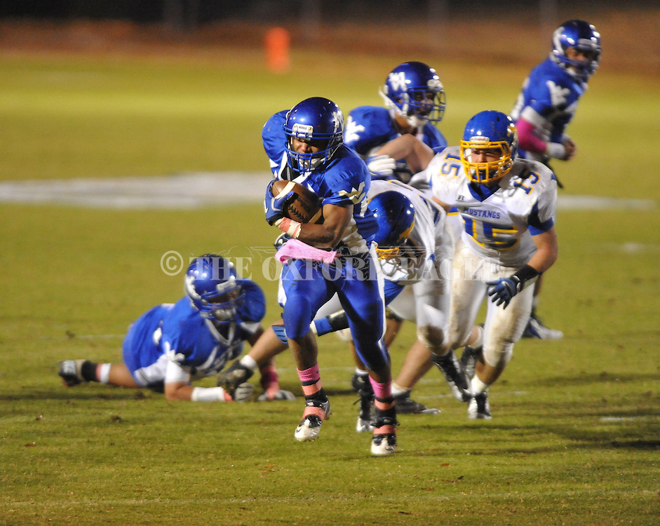 Water Valley's Jeoffrey Gordon (29) scores vs. Mantachie in high school football action in Water Valley, Miss. on Friday, October 26, 2012. Water Valley won 56-3.