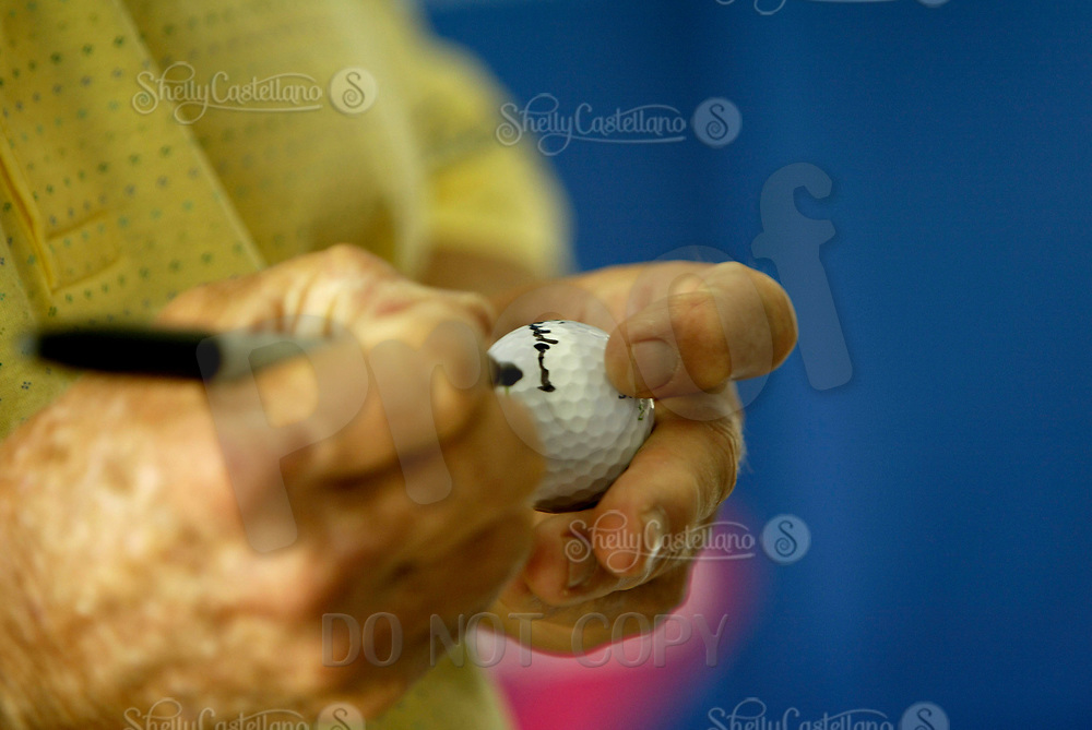 Sep 08, 2004; Aliso Viejo, CA, USA; Legendary golfer JACK NICKLAUS autographs a golf ball @ The Jack Nicklaus Heart & Stroke Challenge Gold Tournament for participants aged 55 and older.  Held at a new golf course designed by his son at the Aliso Viejo Country Club located in Southern California.  Men & Women aged 55 and older are at an increased risk of suffering cardiovascular related deaths.  Nicklaus suffers from hypertension (high blood pressure) and is at high risk for a heart attack or stroke.  Mandatory Credit: Photo by Shelly Castellano/ZUMA Press. (©) Copyright 2004 by Shelly Castellano
