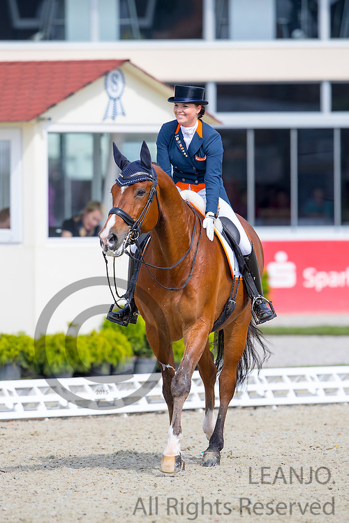Anne Meulendijks - MDH AvantiAnne Meulendijks - MDH Avanti<br /> European Championships Dressage U25 2016<br /> &copy; DigiShots