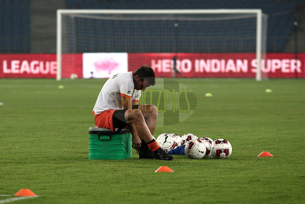 Alessandro Del Piero of Delhi Dynamos FC before the match 16 of the Hero Indian Super League between The Delhi Dynamos FC and NorthEast United FC held at the Jawaharlal Nehru Stadium, Delhi, India on the 29th October 2014.<br /> <br /> Photo by:  Deepak Malik/ ISL/ SPORTZPICS