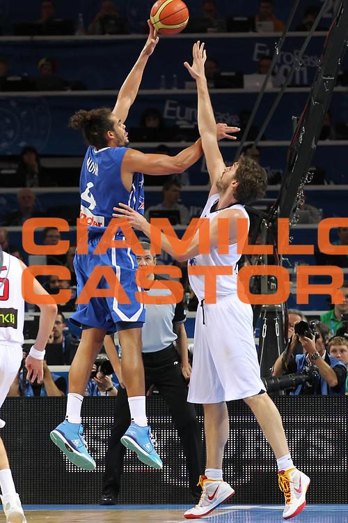 DESCRIZIONE : Kaunas Lithuania Lituania Eurobasket Men 2011 Finale Primo Secondo Posto Final Spagna Francia Spain France<br /> GIOCATORE : Joakim Noah<br /> SQUADRA : Francia France<br /> EVENTO : Eurobasket Men 2011<br /> GARA : Spagna Francia Spain France<br /> DATA : 18/09/2011 <br /> CATEGORIA : tiro shot<br /> SPORT : Pallacanestro <br /> AUTORE : Agenzia Ciamillo-Castoria/ElioCastoria<br /> Galleria : Eurobasket Men 2011 <br /> Fotonotizia : Kaunas Lithuania Lituania Eurobasket Men 2011 Finale Primo Secondo Posto Final Spagna Francia Spain France<br /> Predefinita :