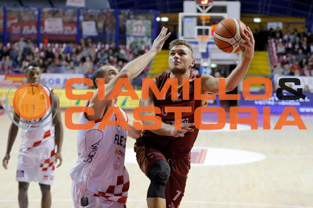 Stefano Tonut<br /> Umana Reyer Venezia - Betaland Capo d'Orlando<br /> Lega Basket Serie A 2016/2017<br /> Venezia 09/10/2016<br /> Foto Ciamillo-Castoria