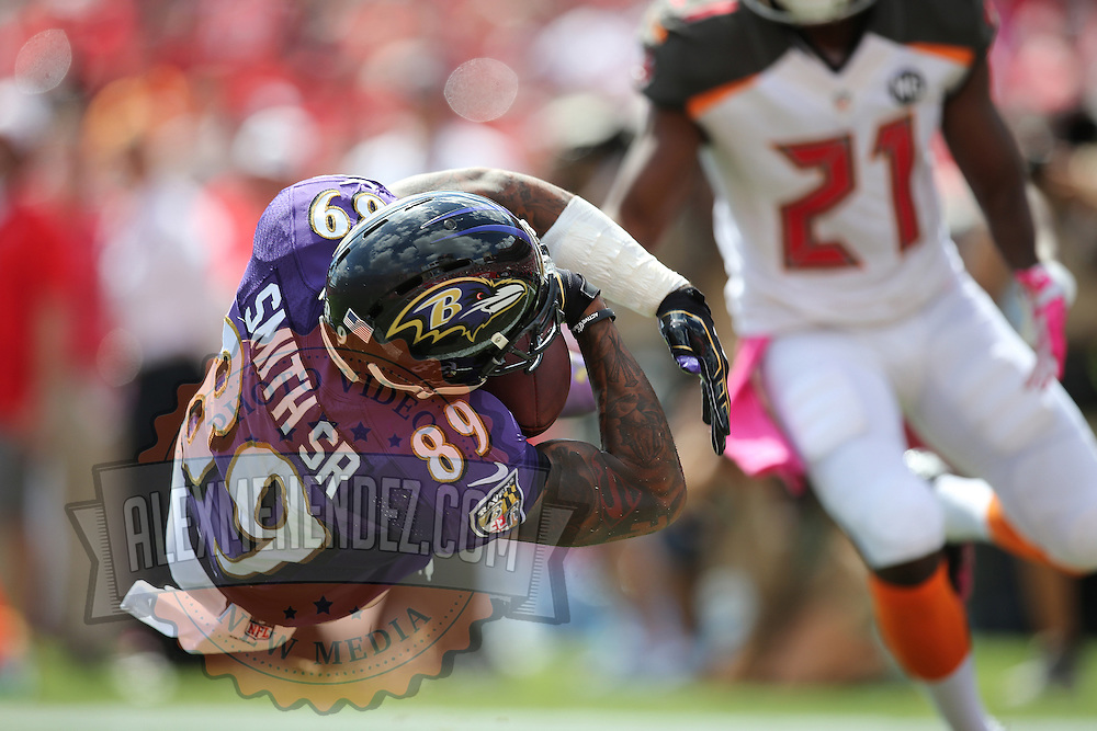 TAMPA, FL - OCTOBER 12:  Wide receiver Steve Smith #89 of the Baltimore Ravens makes a reception for a touchdown during an NFL football game at Raymond James Stadium on October 12, 2014 in Tampa, Florida. (Photo by Alex Menendez/Getty Images) *** Local Caption *** Steve Smith