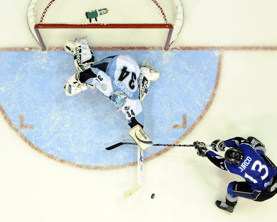 Action from the championship game between the Mississauga St. Michael's Majors and Saint John Sea Dogs at the 2011 MasterCard Memorial Cup in Mississauga, ON. Photo by Aaron Bell/CHL Images