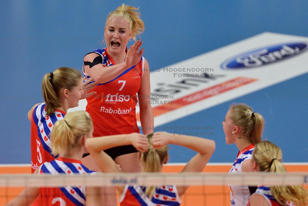 22-02-2015 NED: Bekerfinale VC Sneek - Sliedrecht Sport, Zwolle<br /> Marrit Jasper #7