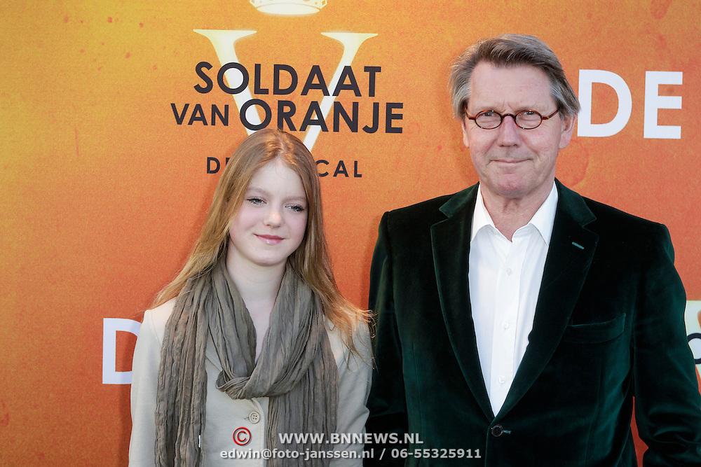 NLD/Katwijk/20120325 - 500ste Voorstelling musical Soldaat van Oranje, Ursul de Geer en dochter