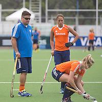 TUCUMAN - Max Caldas, Maartje Paumen Het Nederlands vrouwen hockeyteam trainde vrijdag voor de Hockey World League finaleronde, die zateredag begint. Nederland speelt zaterdag tegen Duitsland.  KNHB KOEN SUYK