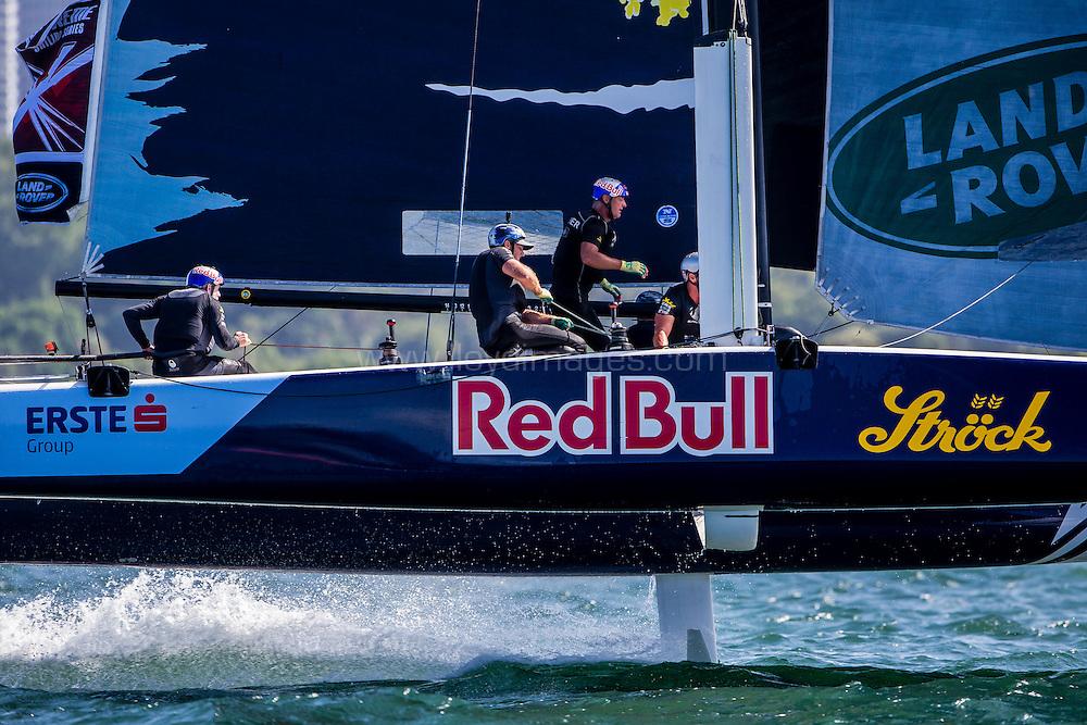 The Extreme Sailing Series 2016. Red Bull Sailing Team:Roman Hagara, Hans-Peter Steinacher, Stewart Dodson, Adam Piggott, Brad Farrand  .Act 8.Sydney,Australia. 8th-11th December 2016. Credit - Jesus Renedo/Lloyd Images
